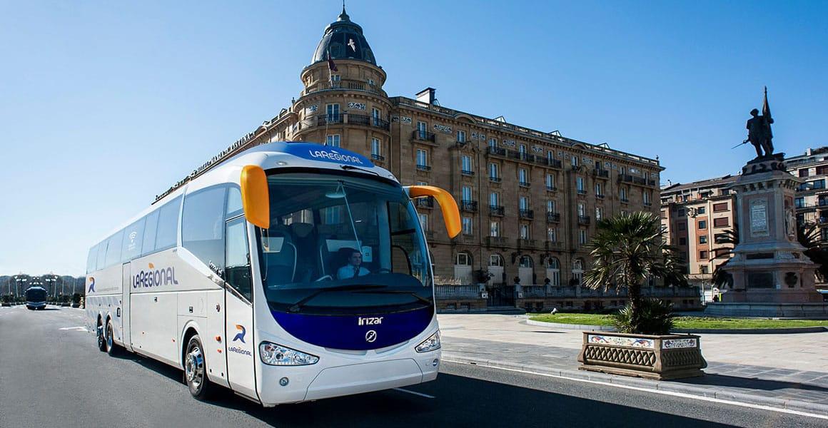 Autobús La Regional en la ciudad